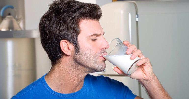 Кефир с похмелья, молоко и мед: помощь при опьянении