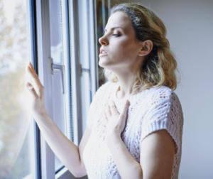 Ощущение нехватки воздуха при отравлении парами щелочи
