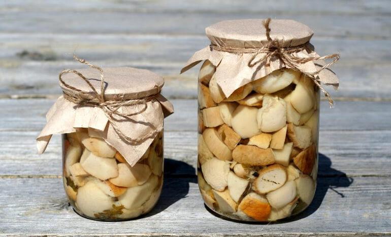 Признаки и первая помощь при отравлении грибами