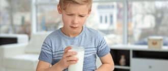 Как остановить диарею у ребенка после молока